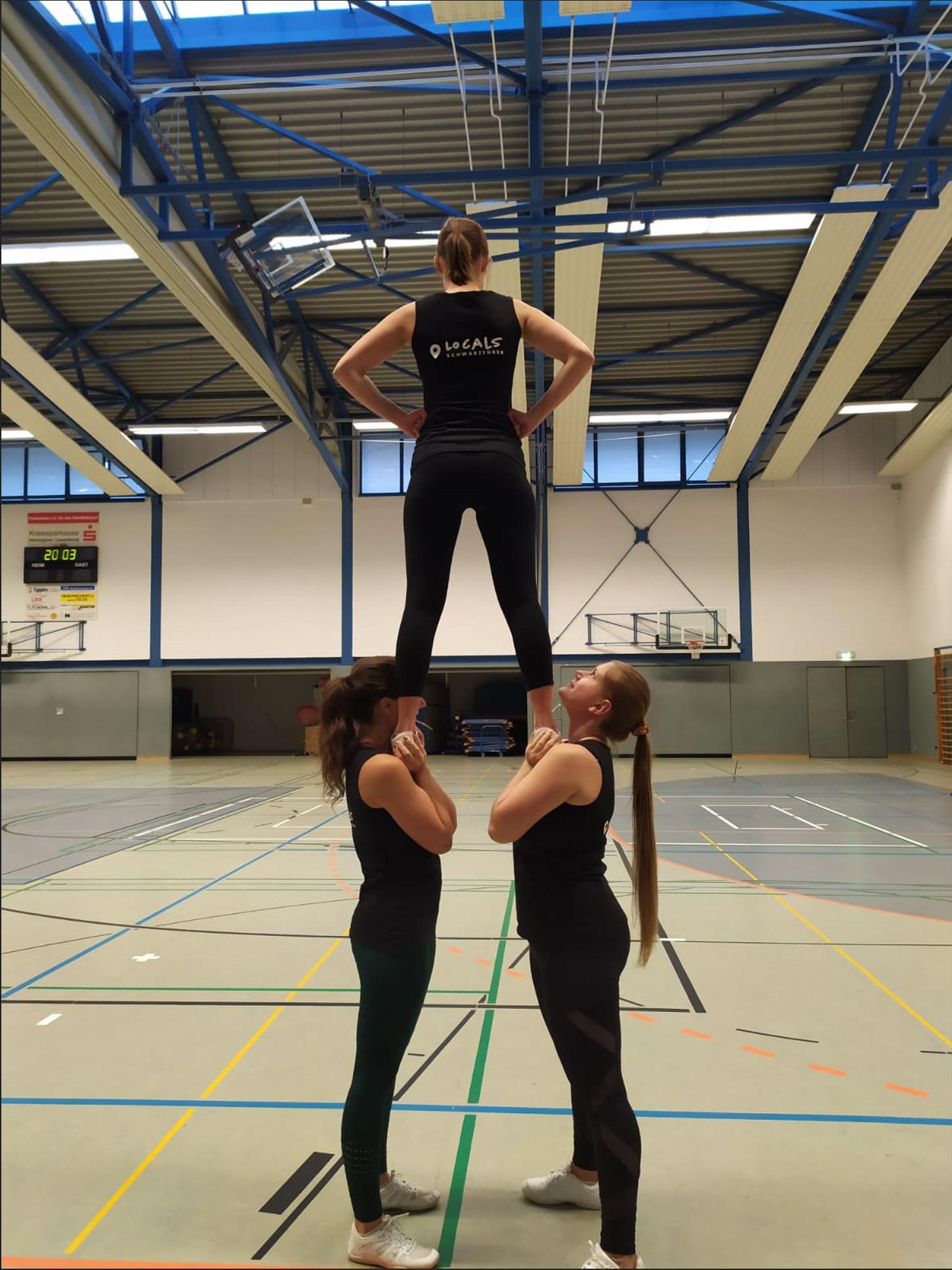 Stunt Cheerleader
